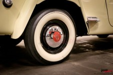 Hub Cap, Chrome : 46-55 Willys Station Wagon/Jeepster