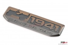 75th Anniversary Since 1941 Badge in Bronze : 07-18 Jeep Wrangler JK