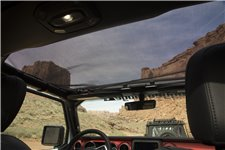 Eclipse Sun Shade, Front, Black : 18-18 Jeep Wrangler JL/JLU