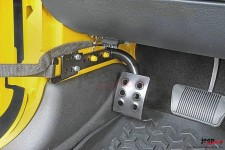 Drivers Side Dead Pedal : 07-17 Jeep® Wrangler JK, automatic transmission