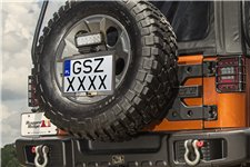 Rear Spare Tire EU licence plate mount : additional LED working lamp mount point