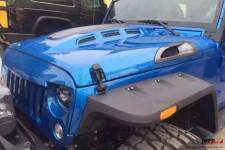 AVENGER Hood, extra vents : Jeep Wrangler 2007-2017